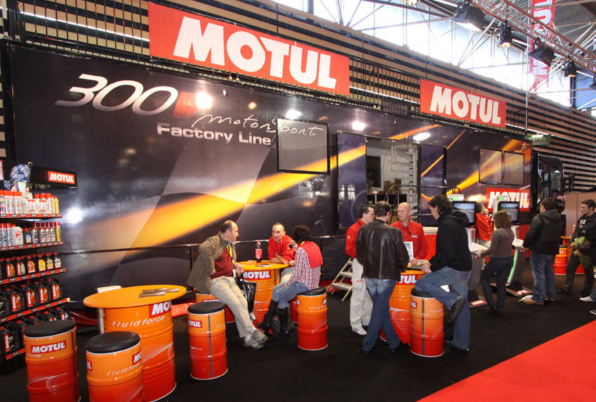 Motul Trailer Display